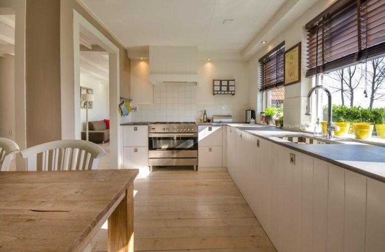 Peralatan Dapur Yang Wajib Dimiliki Sebelum Menempati Rumah Baru