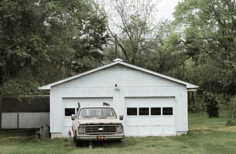 Pilihan Model Garasi Samping Rumah yang Bagus